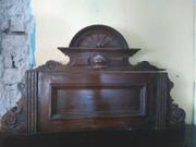 антикварный шкаф начала XX века